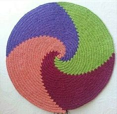 Crochet Mandala, Tapestry Crochet, Filet Crochet, Crochet Stitches Patterns, Stitch Patterns, Cross Stitch Embroidery, Needlework, Weaving, Kids Rugs