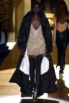 Roberto Cavalli Fall 2002 Ready-to-Wear Fashion Show - Carmen Kass, Roberto Cavalli
