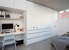hidden study place in wardrobe Home Reno, Beach House, Study, Bedroom, Storage, Places, Closet, Prague, Design