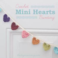 Crochet a Mini Hearts Bunting Banner - link to freebie. Just stunning! Thanks so for sharing xox