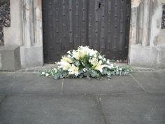 Coffin Spray in whit