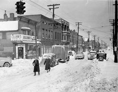Roger Wilkerson, The Suburban Legend! — Another Cleveland Snowstorm Pic - 1950 Cleveland News, Cleveland Rocks, Downtown Cleveland, Cleveland Museum, Old Pictures, Old Photos, Street Pictures, Vintage Pictures, Cuyahoga Falls