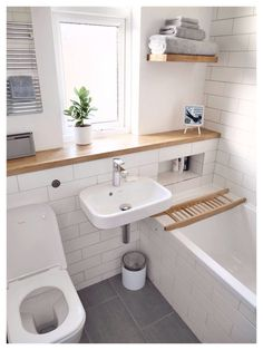 Tiny House Bathroom Designs That Will Inspire You, Best Ideas ! Tiny homes have to make efficien Tiny House Bathroom, Top Bathroom Design, Small Bathroom, Small Bathroom Decor, Bathroom Flooring, Bathroom Inspiration, Bathroom Decor, Bathrooms Remodel, Remodel Bedroom