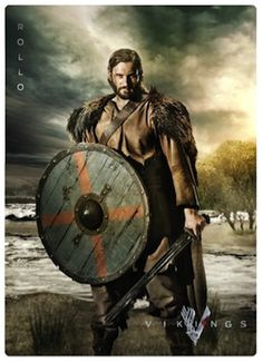 #vikings season 2 | History CHannel Vikings Season 2 Dishing Out Comic-Con Cards #Rollo