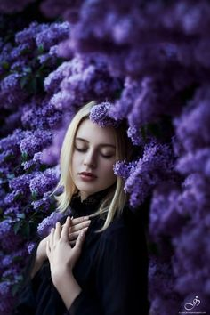 Spring Photography, Photography Women, Portrait Photography, Photography Tags, Lavender Outfit, Flower Girl Photos, Floral Headdress, Animated Love Images, Spring Pictures