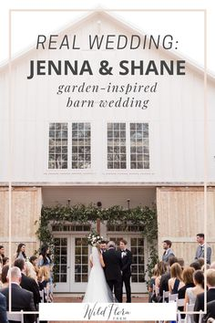 See how using lush green and white florals can transform your barn style wedding. Take a peek inside this outdoor barn wedding and see all the ways Wild Flora Farm was able to create stunning green and white floral arrangements. Read the interview with the bride and groom for more tips. Farm Wedding, Wedding Signs, Rustic Wedding, Early Spring Wedding, Flora Farms, White Floral Arrangements, Preparing For Marriage, Pastel Colour Palette, Spring Wedding Inspiration