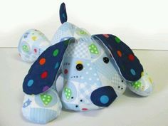 I used to make stuffed animals for my family a… PUPPY DOG Pete toy sewing pattern.I used to make stuffed animals for my family and friends for special occasions. Sewing Toys, Baby Sewing, Free Sewing, Sewing Crafts, Sewing Projects, Sewing Ideas, Sewing Stuffed Animals, Stuffed Animal Patterns, Animal Sewing Patterns