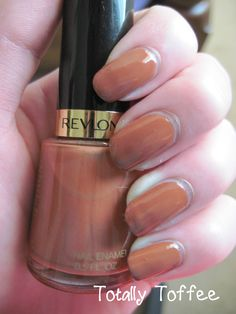 Revlon - 415 Totally Toffee