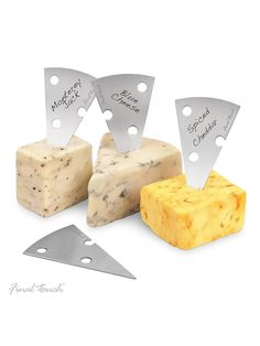 Final Touch Set of 4 Stainless Steel Cheese Markers Set | The Professional way to Display Cheese at a Party | Presentation Cheese labels For a Cheese Board | Includes Non Permanet Marker Pen