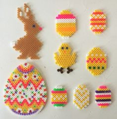 MOODBOARD Påskehygge med hama perleplader ¦ Easter fun with hama beads Hama Beads Jewelry, Diy Perler Beads, Perler Bead Art, Fuse Beads, Hama Beads Design, Hama Beads Patterns, Beading Patterns, Easter Art, Easter Crafts