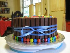Easy Cake idea my brother would love this cake!
