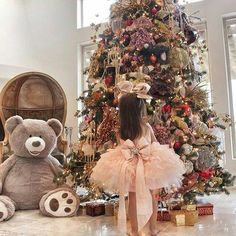 Uploaded by Eugenia. Find images and videos about baby, christmas and tree on We Heart It - the app to get lost in what you love. Pink Christmas, Christmas Time, Merry Christmas, Christmas Child, Funny Christmas, Christmas Ideas, A Child Is Born, Success, Christmas Decorations