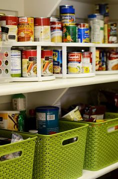 Happy Organized Life: Tips for Organizing Your Pantry Life Organization, Organizing Ideas, Plastic Laundry Basket, Getting Organized, Pantry, Cleaning, Life Tips, Spin, Lazy