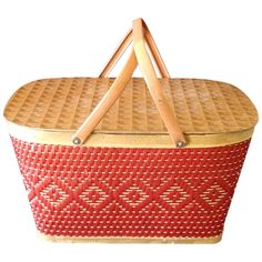 Vintage Picnic Basket, Picnic Baskets, Table Place Settings, Vintage Games, Beach Day, Peru, Indiana, 1950s, Brick