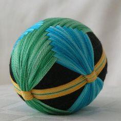 Deb's woven temari :: temarichallenge, yahoo groups - variegated thread?