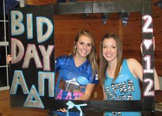 cute way to celebrate bid day, make a photoframe for girls to hold up for pictures!