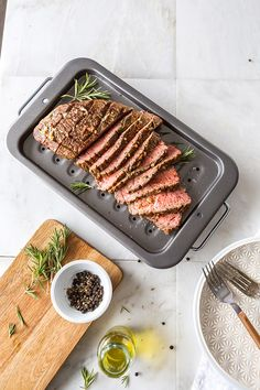 Restaurant-quality London Broil in the comfort of your home. This quick prep technique creates a succulent steak dinner that the whole family will love. Homemade Garlic Butter, Garlic Herb Butter, Garlic Bread, London Broil Recipes, Cooking London Broil, Fun Cooking, Cooking Recipes, How To Cook Garlic, Food Plus