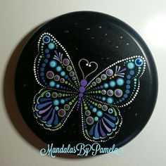 Rock Painting Patterns, Dot Art Painting, Rock Painting Designs, Butterfly Painting, Mandala Painting, Mandala Art, Stone Painting, Dot Painting On Rocks, Mandala Painted Rocks