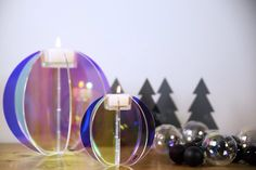 Blossom ball candle holders, oil Tree ash Plexi Cooee.se
