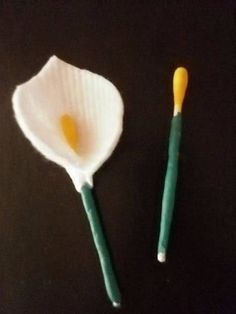 Flowers of cotton pads Cotton Swab, Cotton Pads, National Holidays, Diy And Crafts, Jar, Flowers, Craft Ideas, Children, Image