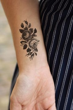 Small vintage roses temporary tattoo by Tattoorary on Etsy
