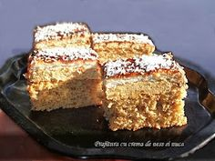 diana's cakes love: Prajitura cu crema de ness si nuca Romanian Desserts, Romanian Food, Coffee Time, Biscuit, Banana Bread, French Toast, Good Food, Cooking Recipes, Sweets