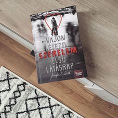 """CHRISTINE ANNE COLMAN az Instagramon: """"~ Vajon létezik szerelem első látásra? ~❤️ A jelenleg folyamatban levő néhány olvasmányom egyike.😊 Molyon közel 1.000 értékelés született…"""" Bookstagram, Cover, Instagram"""