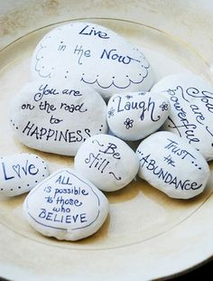 Best painted rock art ideas with quotes you can do (14)