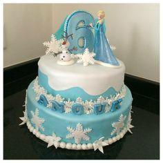 Frozen cake taart