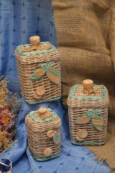 Dragonflies…How to Paint Them and What They Signify! A New Art Class By Jody Bergsma Paper Basket Weaving, Straw Weaving, Bead Weaving, Newspaper Basket, Newspaper Crafts, Baskets On Wall, Wicker Baskets, Hobbies And Crafts, Diy And Crafts