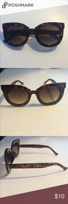 a91baeb257 Cat eye tortoise shell sunglasses Super cute sunglasses. Great dupes for  designer ones! Never