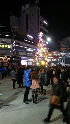 13.12.24 Sinchon Seoul Korea