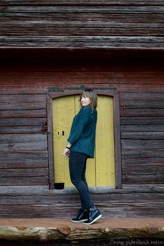 #Streetstyle #fallstyle #angorajacket #wedges #greencardigan go to see more: http://omanelamansamalli.blogspot.fi/2015/10/amazing-angora.html
