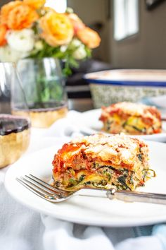 A bold meaty zucchini lasagna made with thin slices of zucchini instead of pasta. This zucchinilasagna recipe is a lower carb version of a classic!