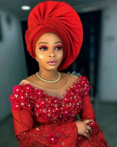 Tired of tying same old gele style as everyone? See pictures of new trending twisted gele with pleats styles to recreate for your next occasion or wedding. African Lace Styles, African Lace Dresses, Latest African Fashion Dresses, Ankara Fashion, African Style, Ankara Styles, Fashion Outfits, African Hair Wrap, African Hats