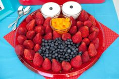 Fruit dip for the eyes. Mandarin oranges, blueberries and strawberries!! Yummy