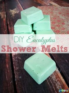 Can there be anything more relaxing than the scent of Eucalyptus enveloping you in the heat of your shower? These Eucalyptus shower Melts are pure bliss! Shower Bombs, Bath Bombs, Essential Oil Blends, Essential Oils, Eucalyptus Shower, Savon Soap, Bath Melts, Diy Spa, Homemade Beauty Products