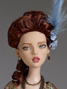 La Vie de Versailles | Tonner Doll Company - Her face is heavenly.
