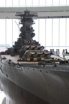 """IJN Battleship Yamato - 日本海軍戦艦-大和ミュージアム大モデル! World's biggest scale model 1/10 IJN Battleship """"Yamato"""" in Yamato's museum, Japan. #9F"""