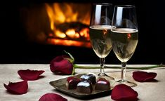 Champagne, chocolates and a warm fire sooo romantic Romantic Dinner For Two, Romantic Dates, Romantic Dinners, Romantic Ideas, Romantic Night, Romantic Table, Romantic Moments, Romantic Getaway, White Wine