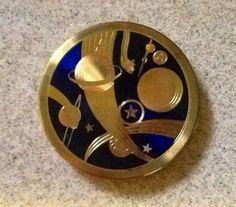 Vintage Wadsworth Round Powder Compact-Goldtone-Art Deco-Planets & Stars