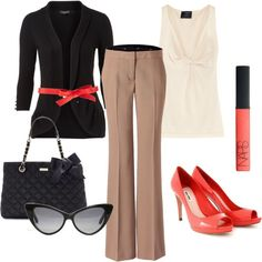 Ready for work...love the colour of the shoes co-ordinated with the belt!!  Gorgeous!!