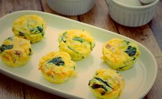 MUFFINS ΜΕ ΑΥΓΟ ΛΟΥΚΑΝΙΚΟ ΣΠΑΝΑΚΙ & ΤΥΡΙ Egg Muffins, Sushi, Sausage, Eggs, Cooking, Breakfast, Ethnic Recipes, Food, Kitchens