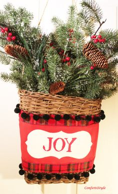 Christmas Door Basket with Royal Design Studio Stencils