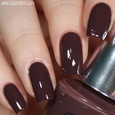 About Manicure Stations Opi Nails, Manicure And Pedicure, Trendy Nails, Cute Nails, Opi Nail Colors, Dark Nails, Colorful Nail Designs, Fabulous Nails, Henna Designs