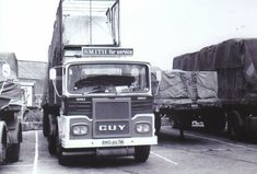 B/W PHOTO: SMITH OF MADDISTON GUY BIG J ARTIC FLAT TRAILER - RMS 467M #NA Old Lorries, Commercial Vehicle, Old Trucks, Buses, Rigs, Cars And Motorcycles, Britain, 1950s, Transportation