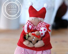 This is a Pdf pattern for make three little Elves this is not a finished item! You could create this three sweets Elves for decorate your home at Christmas! Have fun to create yours ! This is an original pattern create by Nastri & Rocchetti Country! Please do not resale or give for free in your blog or similar! Thank you! Vale_
