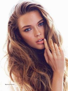 Natural makeup look