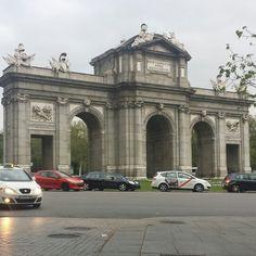 La puerta de alcala Madrid