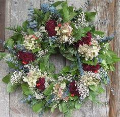 Making Christmas Wreaths christmas-stuff